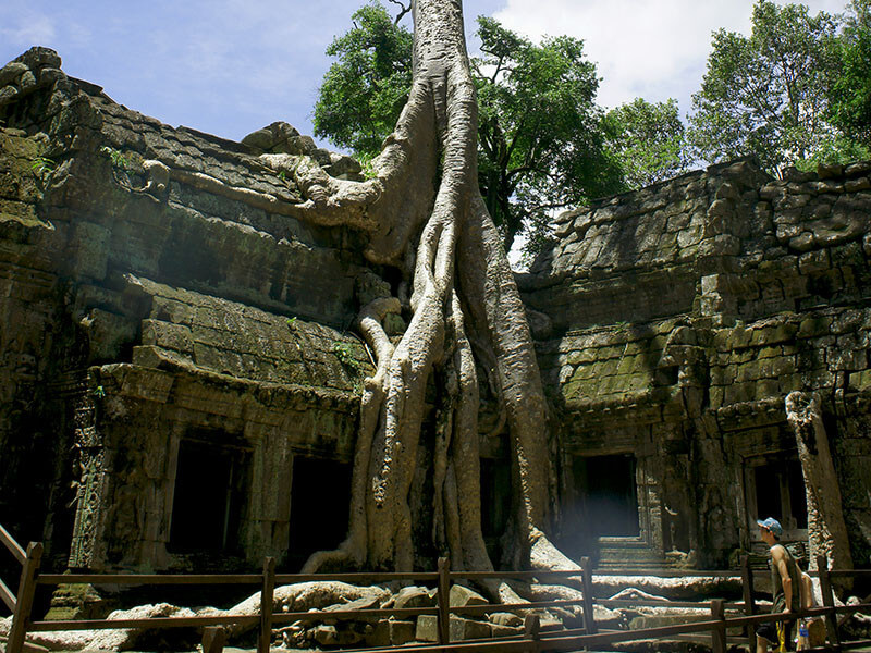 Angkor Discovery Tour Package 4 Nights / 5 Days
