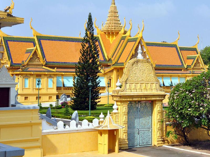 Unique Siem Reap & Phnom Penh 6 Nights / 7 Days