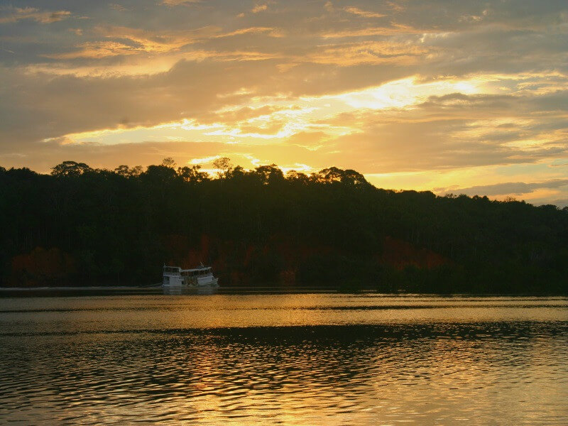 8 days: Rio de Janeiro, the Iguazu waterfalls and the Amazon