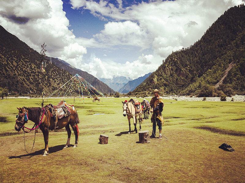 10 Days Lhasa, Mount Everest Base Camp and Namtso Lake Tour