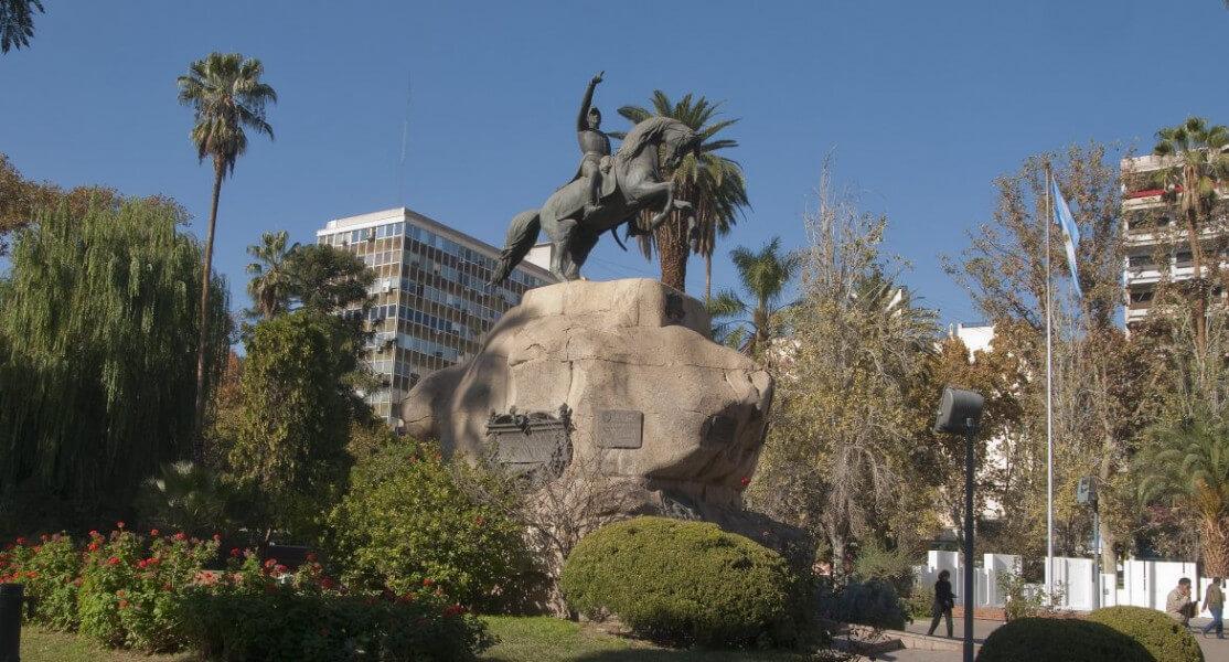 In Mendoza - The City