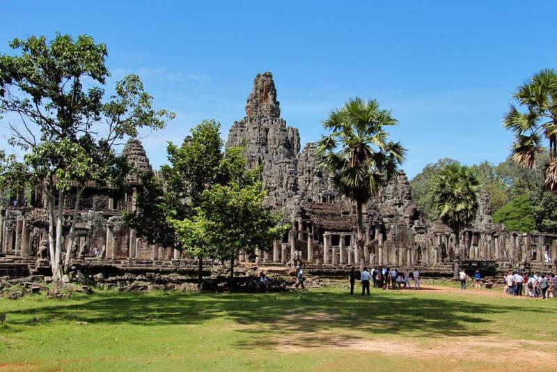 Cambodia Golf Tour & Visit Angkor Wat