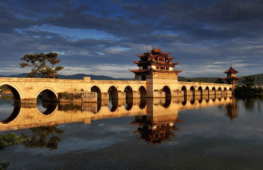 8-day Yunnan Tour with Yuanyang Rice Field and Dongchuan Redland