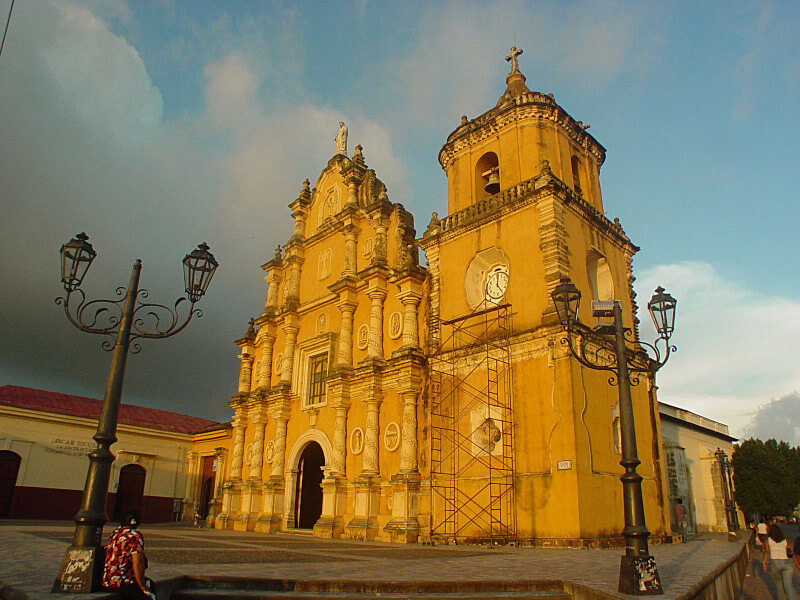 """Discovering Nicaragua """"Unica, Original"""""""