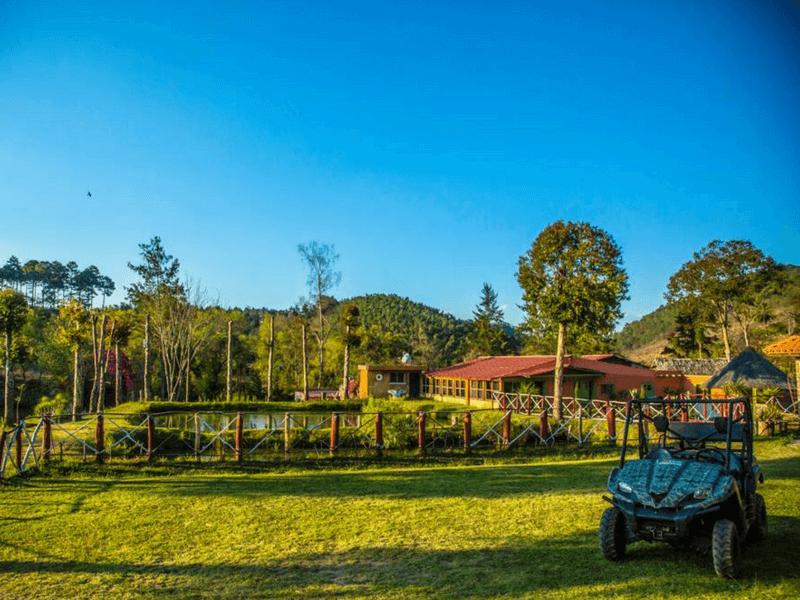 4x4 Tour by  XEJUYÚ FARM
