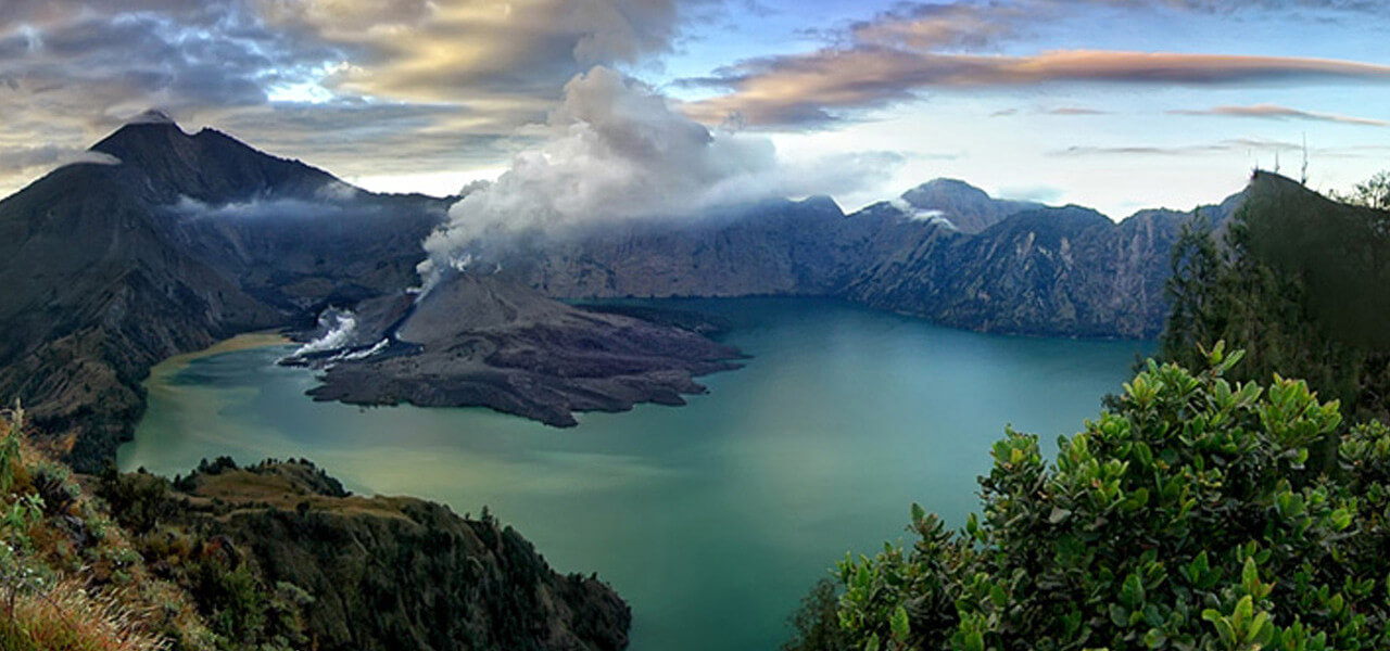 Rinjani Trekking and Gili Island Leisure