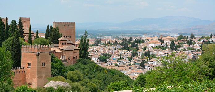 Malaga – Granada (125km – 1.5 hrs)