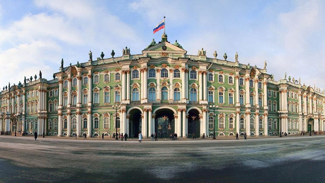 Hermitage & Smolny tours (6 hours)