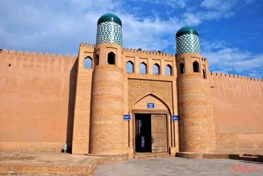 Tashkent – Urgench – Khiva