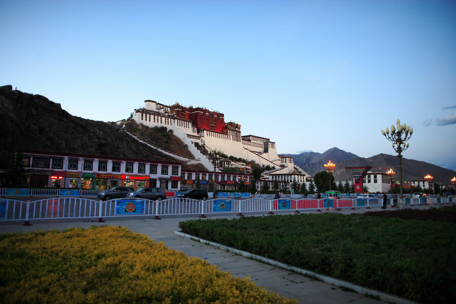 15 Days Lhasa to Kailash (group tour)