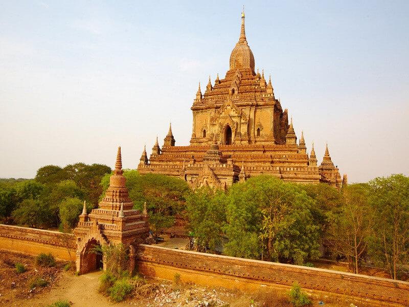 Arrival Bagan – Temples visit