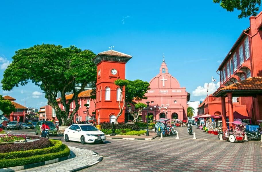 Singapore–Johor Bahru–Malacca (250 km)