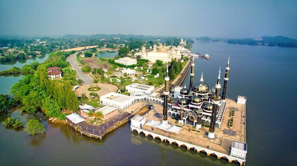 Terengganu – End. Option Island Stay