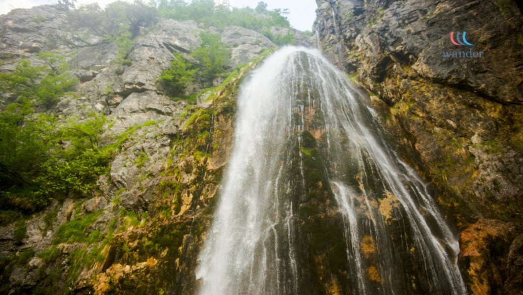 Anzotika Tour - Three famous Valleys of Albanian Alps