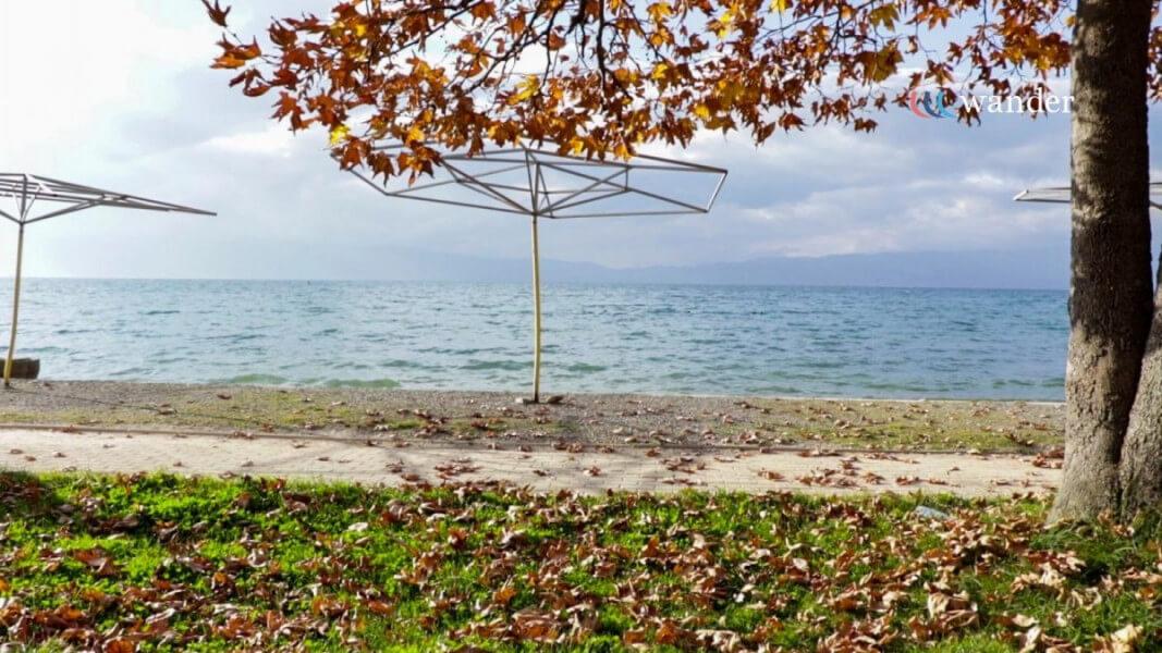 Tourig Ohrid Lake in bike