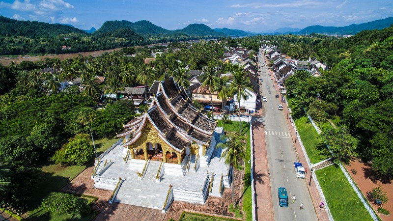 4 DAYS/ 3 NIGHTS LUANG PRABANG LAOS
