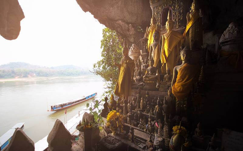 10 DAYS/ 9 NIGHTS FROM THE NORTH TO THE SOUTH OF LAOS