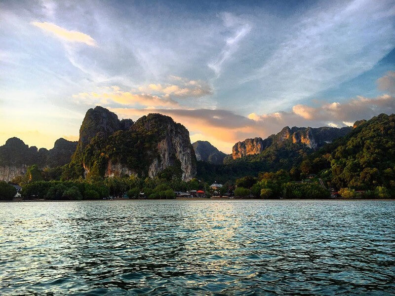 10 days in and around Bangkok and Krabi Beach Stay