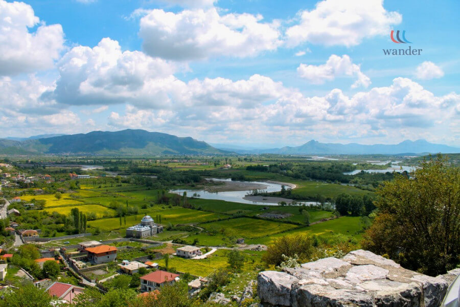 Start traveling to the town of Lezha
