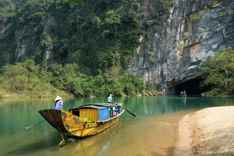 Package 07 - 12 days Tour in Viet Nam