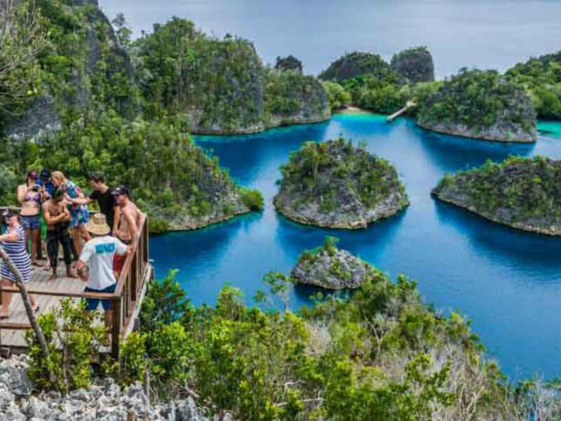 Best of Papua, Baliem Valley and Raja Ampat