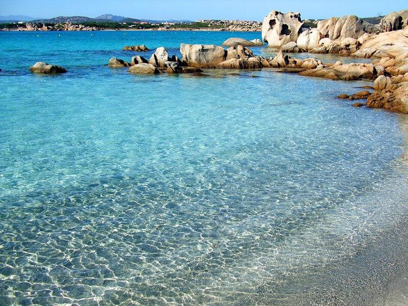 ROMANTIC HONEYMOON ON THE BEACH