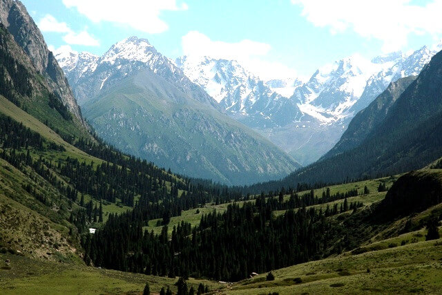 9 days around Issyk-Kul lake (trekking)