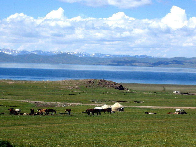 9 days around Issyk-Kul lake & Suusamyr valley