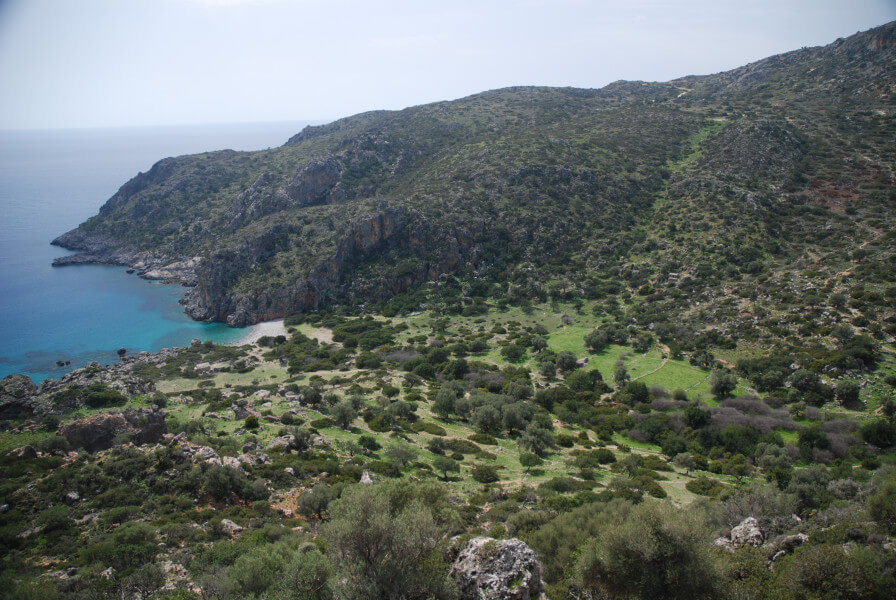 Walk to the ancient town of Lissos