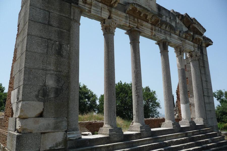 Berat - Ardenica - Apollonia - Vlora