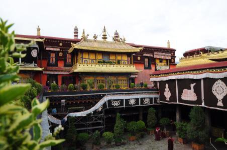 Drepung and Sera monasteries
