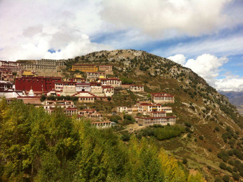 Drive from Lhasa-Ganden monastery (4500