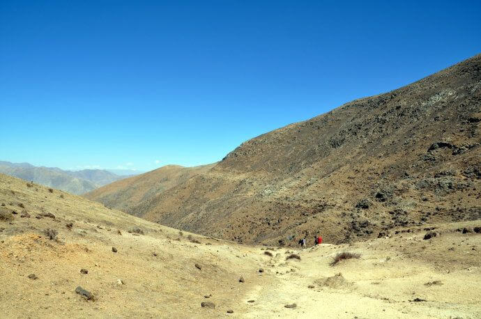 Trek from Herders camp to Yamalung.5-6 h