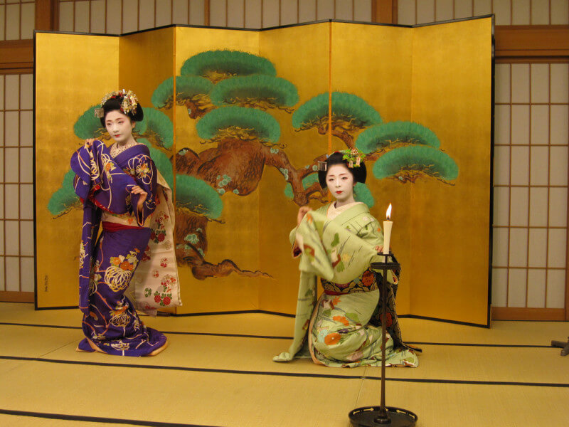 Kyoto Sightseeing and Maiko Performance