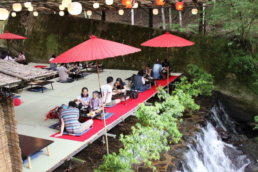 Off the Beaten Path - Kanazawa, Shirakawago, Hiroshima, Naoshima, Kyoto Hike