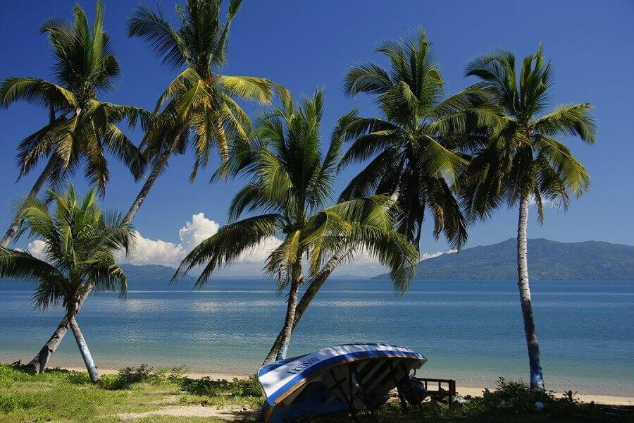 BEACH STAY IN NORTHERN MADAGASCAR
